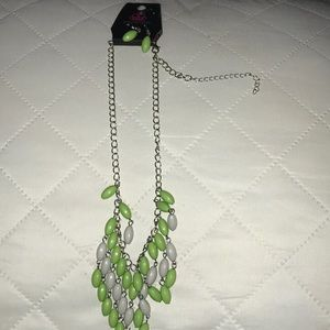 Green and grey ovaled necklace with earrings